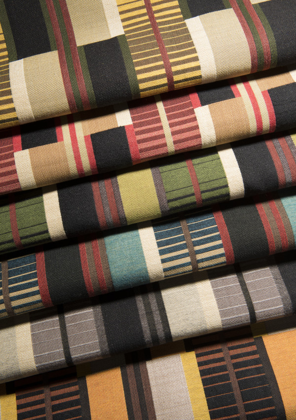 colors 50% wool 50% polyester